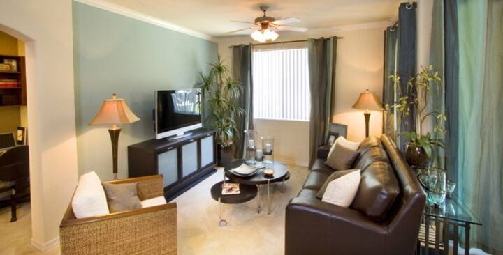 1BD at Peoria Property With Resort-Style Amenities